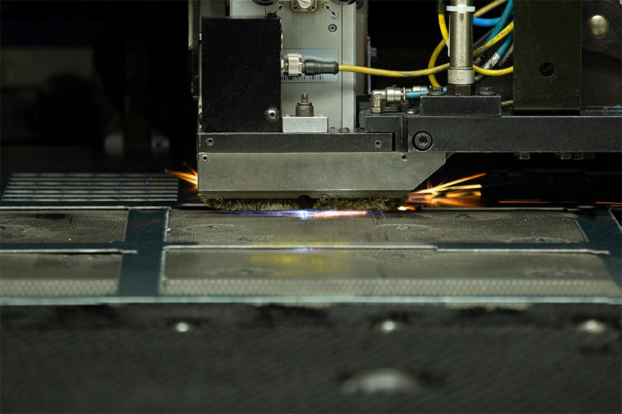 Punching and lasering metall